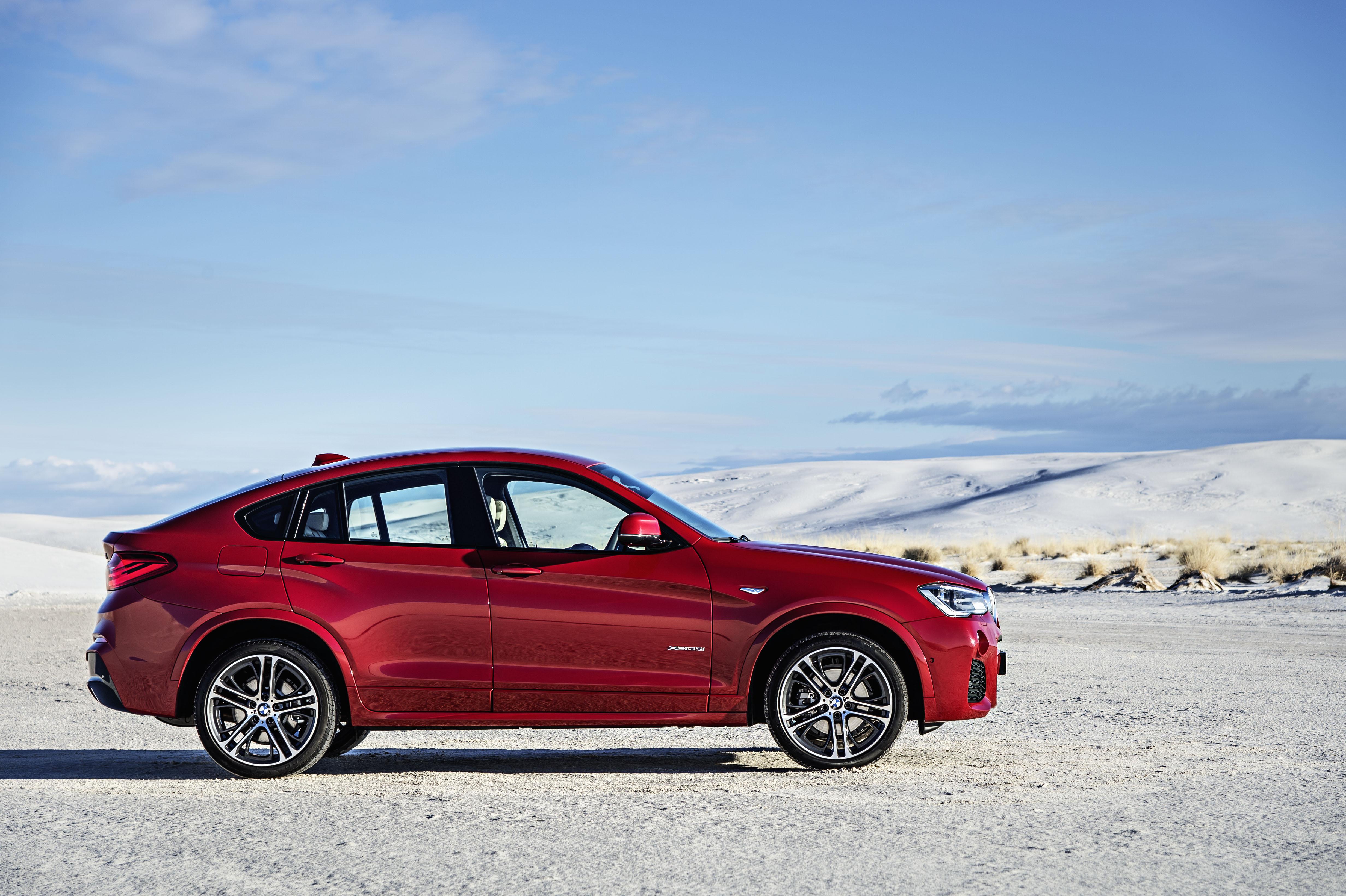 Agresivna je tudi bočna linija, ki močno spominja na večjega BMW X6.