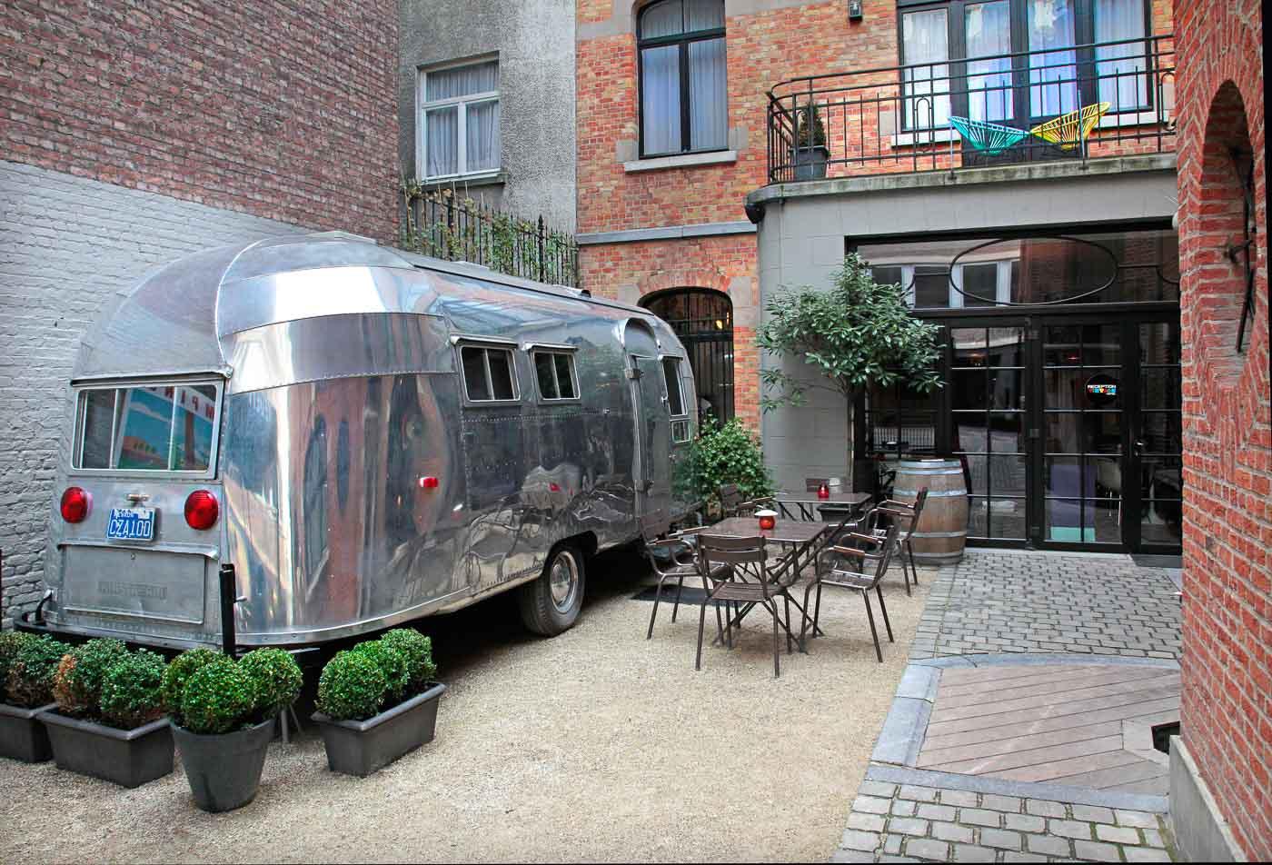 Vintage prikolica Hazel v trendi bruseljski četrti Saint Gilles.