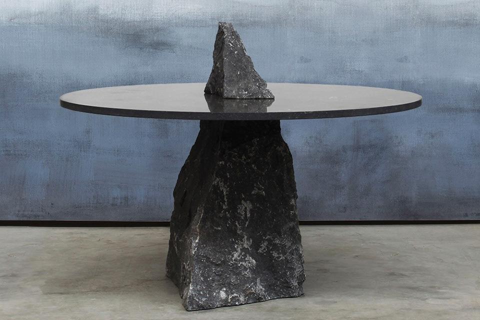 Kamnita miza Fragments - jedilna miza