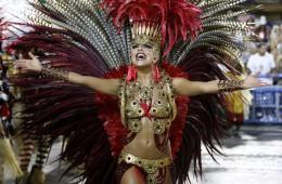 Brazilski karneval Rio de Janeiro: eksotične plesalke