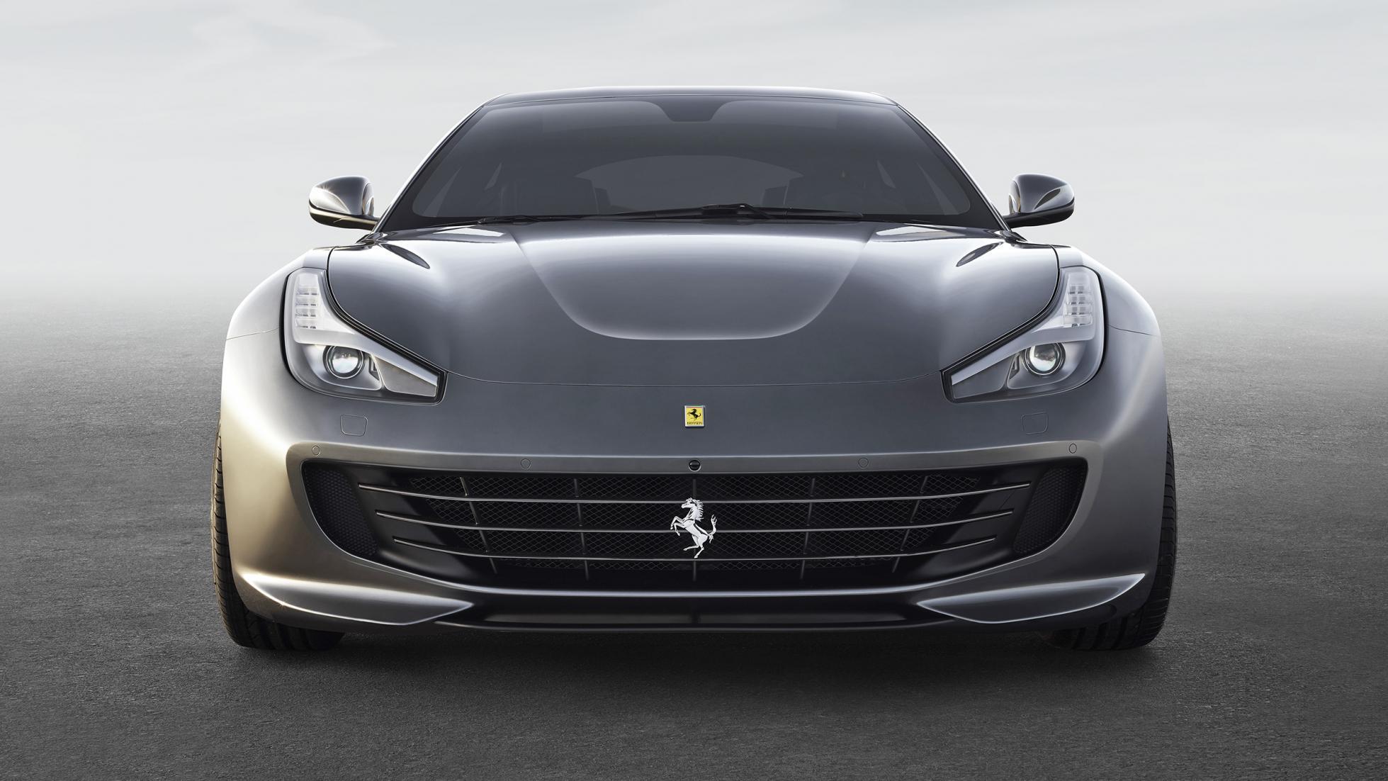 ''Družinski'' Ferrari GTC4lusso