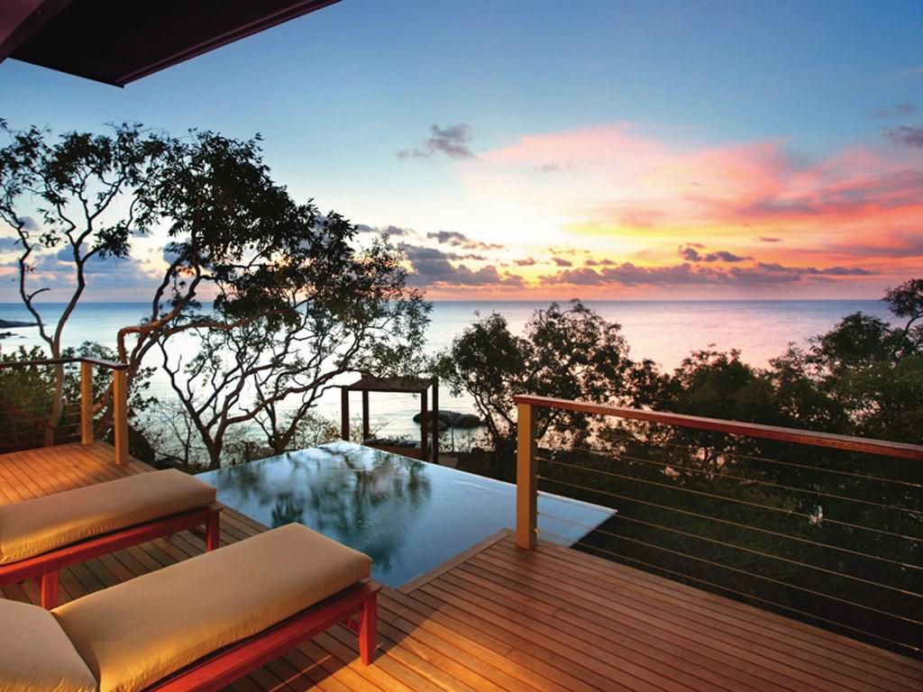 Otok s prezenco lastnega letališča je eden najbolj priljubljenih avstralskih počitniških destinacij.