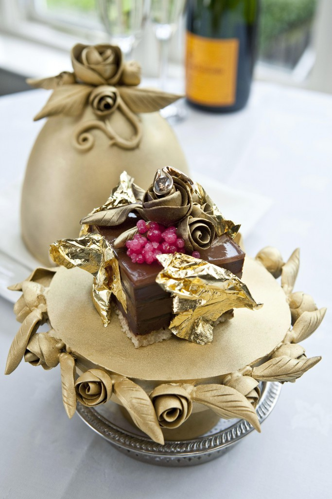 Čokoladni puding Fabrege za 34.500 ameriških dolarjev
