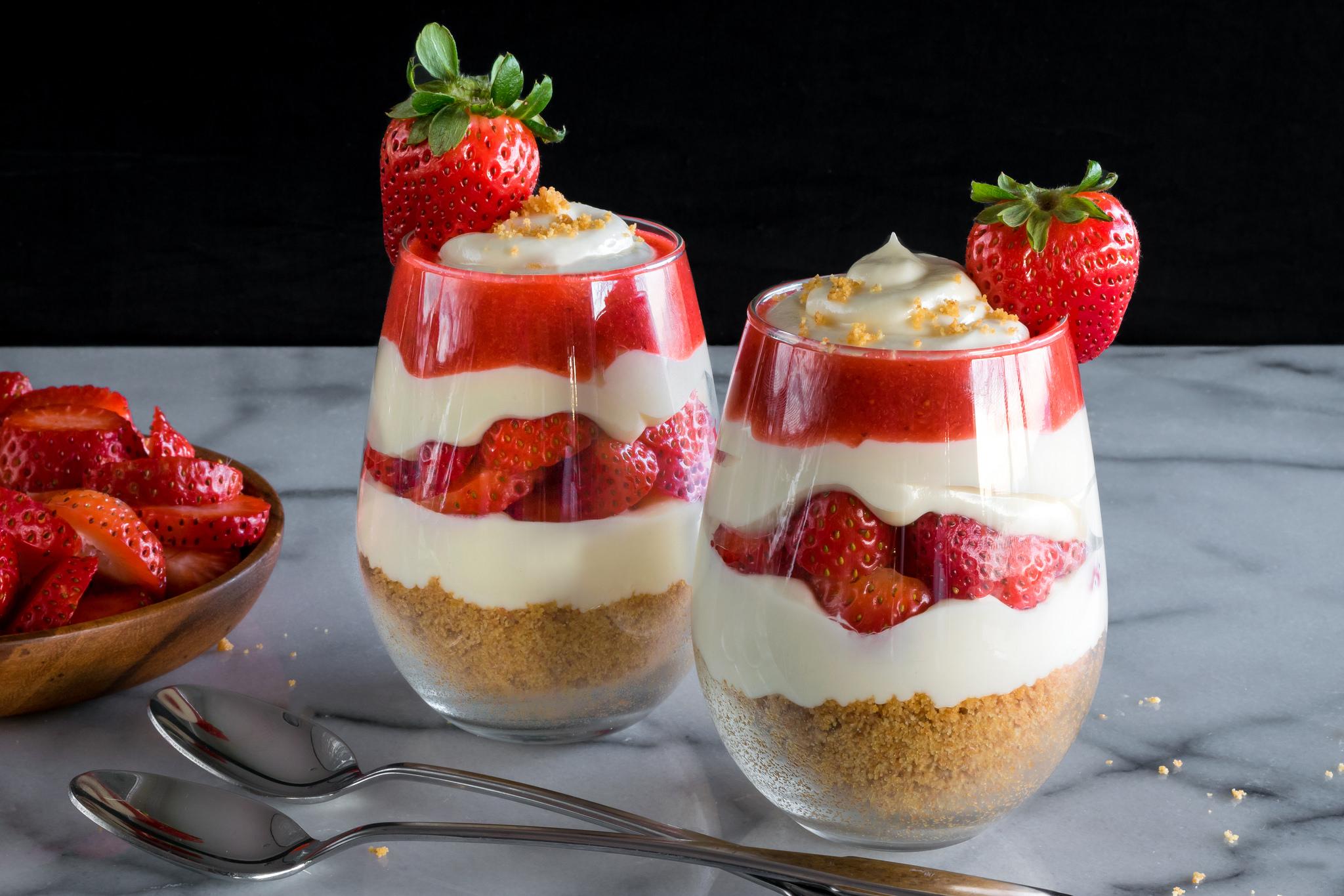 cheesecake z jagodami