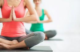 Preproste joga vaje proti bolečinam v hrbtenici