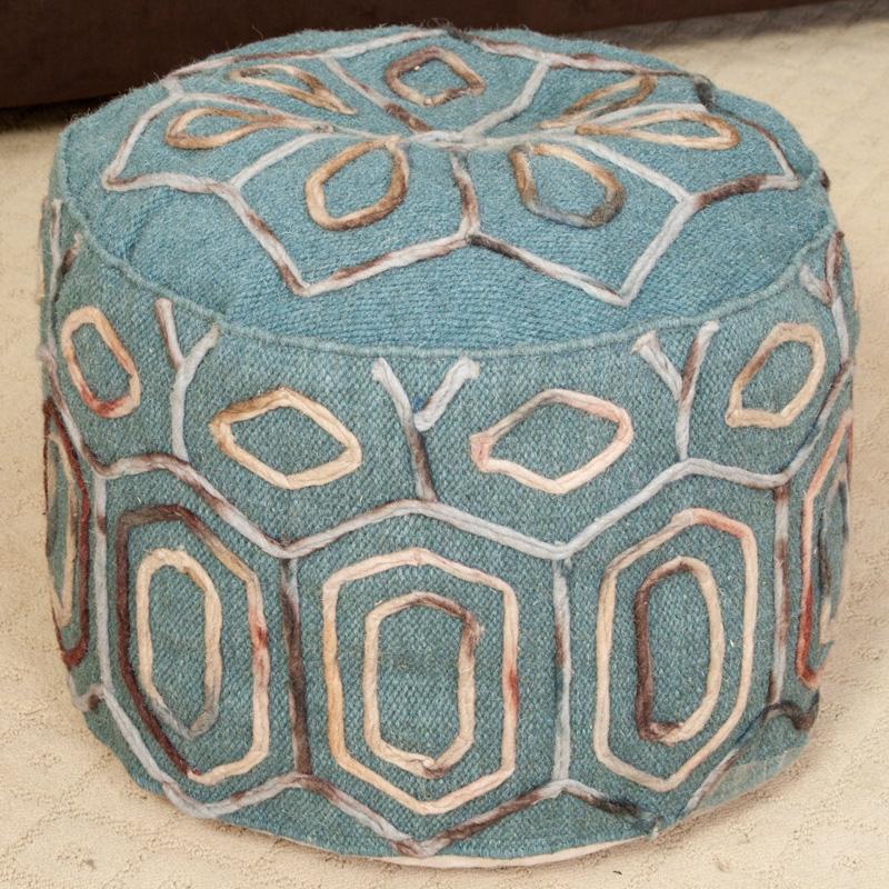 Taburej z uvezenimi vzorci
