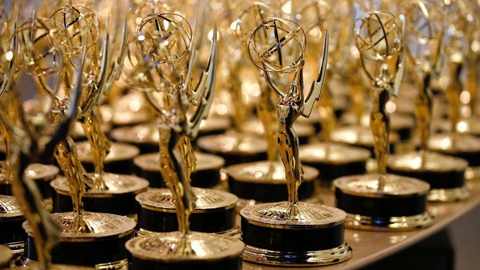Nagrade Emmy 2016 so podeljene.