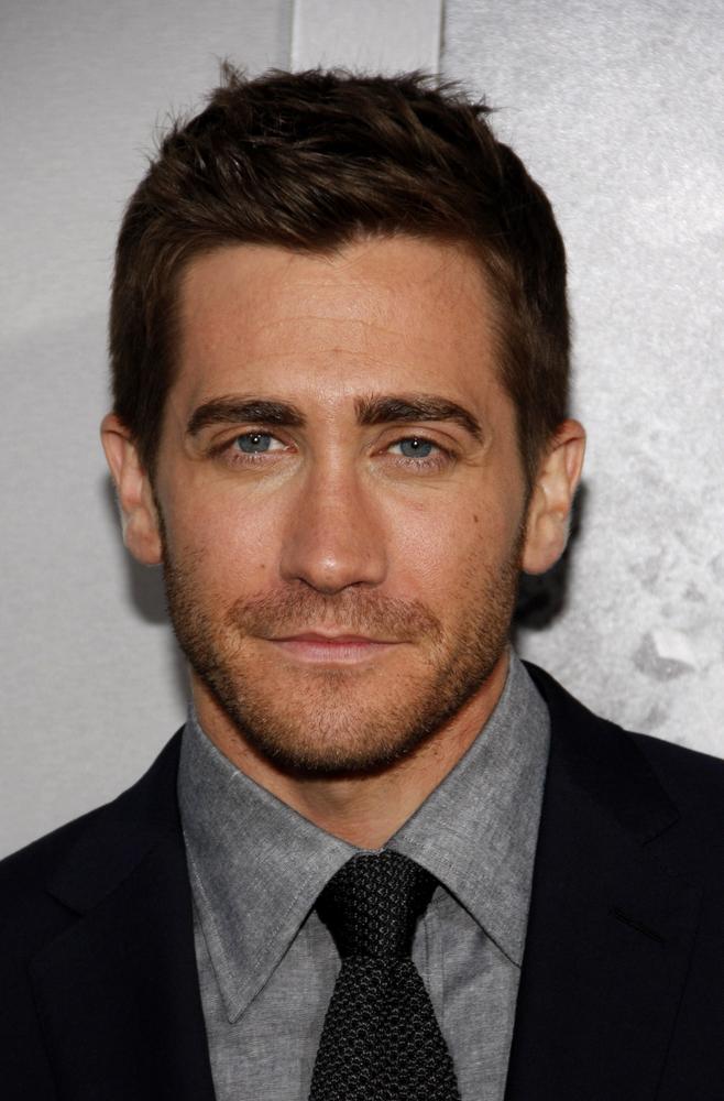"""Tudi Jake Gyllenhaal je med drugim poskusil s """" 5 o'clock shadow"""" brado."""