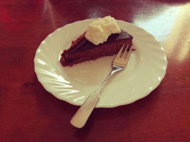 Tako je videti domača kostanjeva torta.