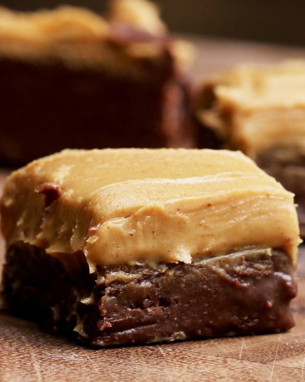 Fudge iz čokolade in arašidovega masla