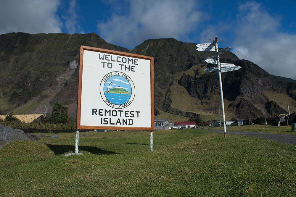 Takšna tabla vas pričaka na otoku Tristan Da Cunha.