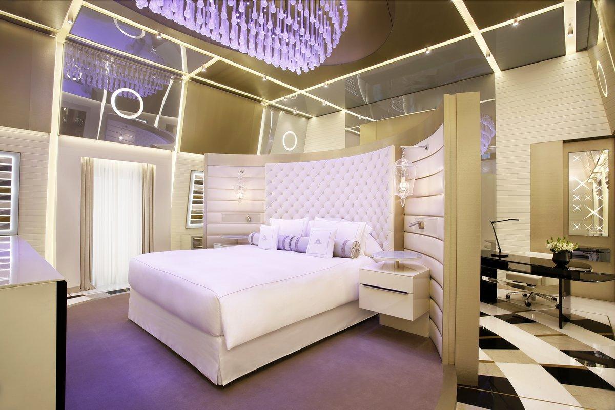 Najbolj razkošni hotelski apartma na svetu, The Karata Suite, se nahaja v hotelu Excelsior Gallia.