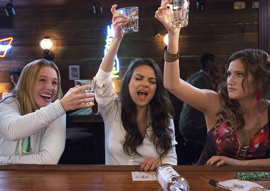 Šokantno, koliko let življenja preživimo z alkoholnim mačkom!