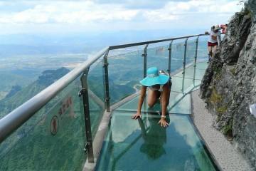 Steklena pot na višini 1430 metrov, Kitajska