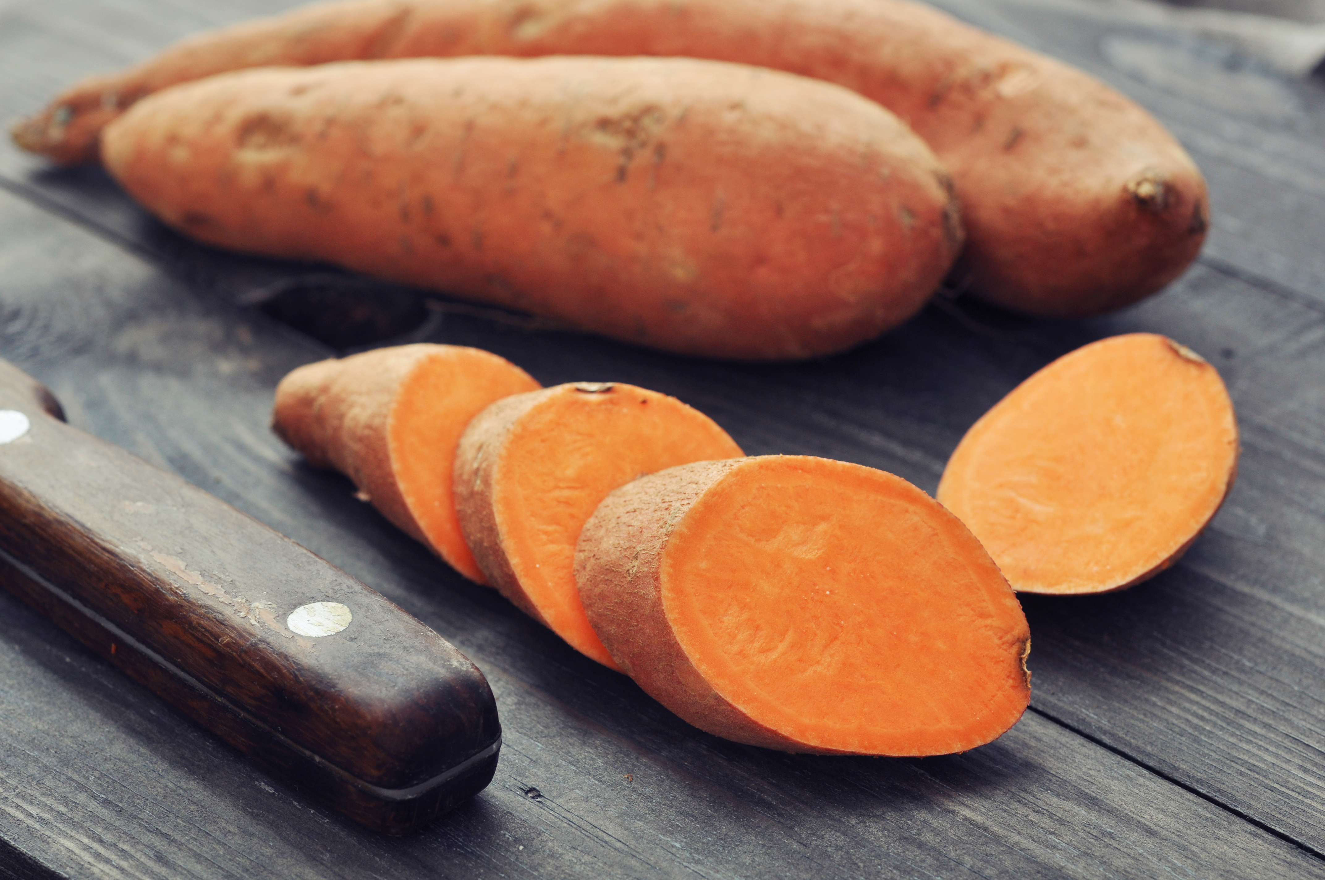 Pri 'detoksu' bo pomagal sladki krompir.