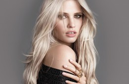 Loreal-Paris-Bmag-Hair-Color-Home-Supermodel-Makeover-Desktop