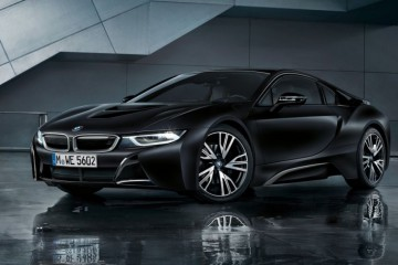 BMW i8 Protonic Frozen Black