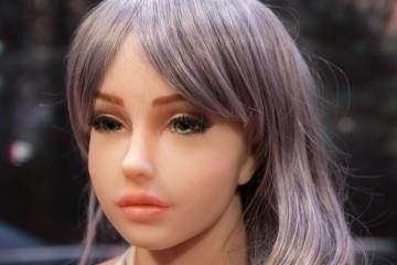 Lumi Dolls: prvi bordel s seks lutkami na svetu