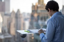 DeskView – ko se okno spremeni v pisalno mizo