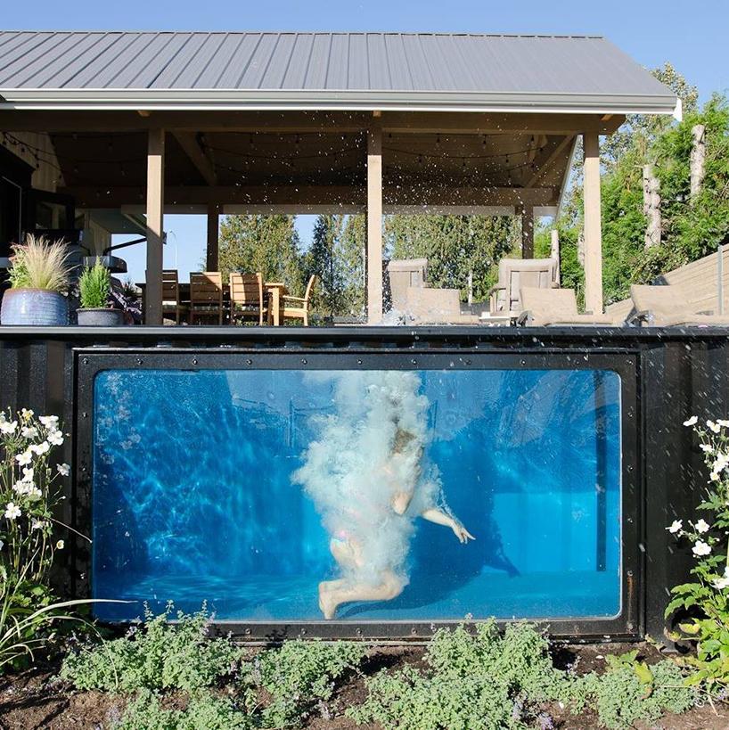 Grelec uspe vodo ogrevati do neverjetnih 30 stopinj celzija in s tem je bazen uporaben celo leto.