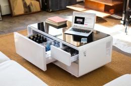 Sobro – klubska miza