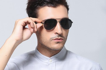 2017-Fashion-Brand-Designer-Luxury-Polarized-Men-Mirror-Sunglasses-UV400-Classic-4-1200x1200_0