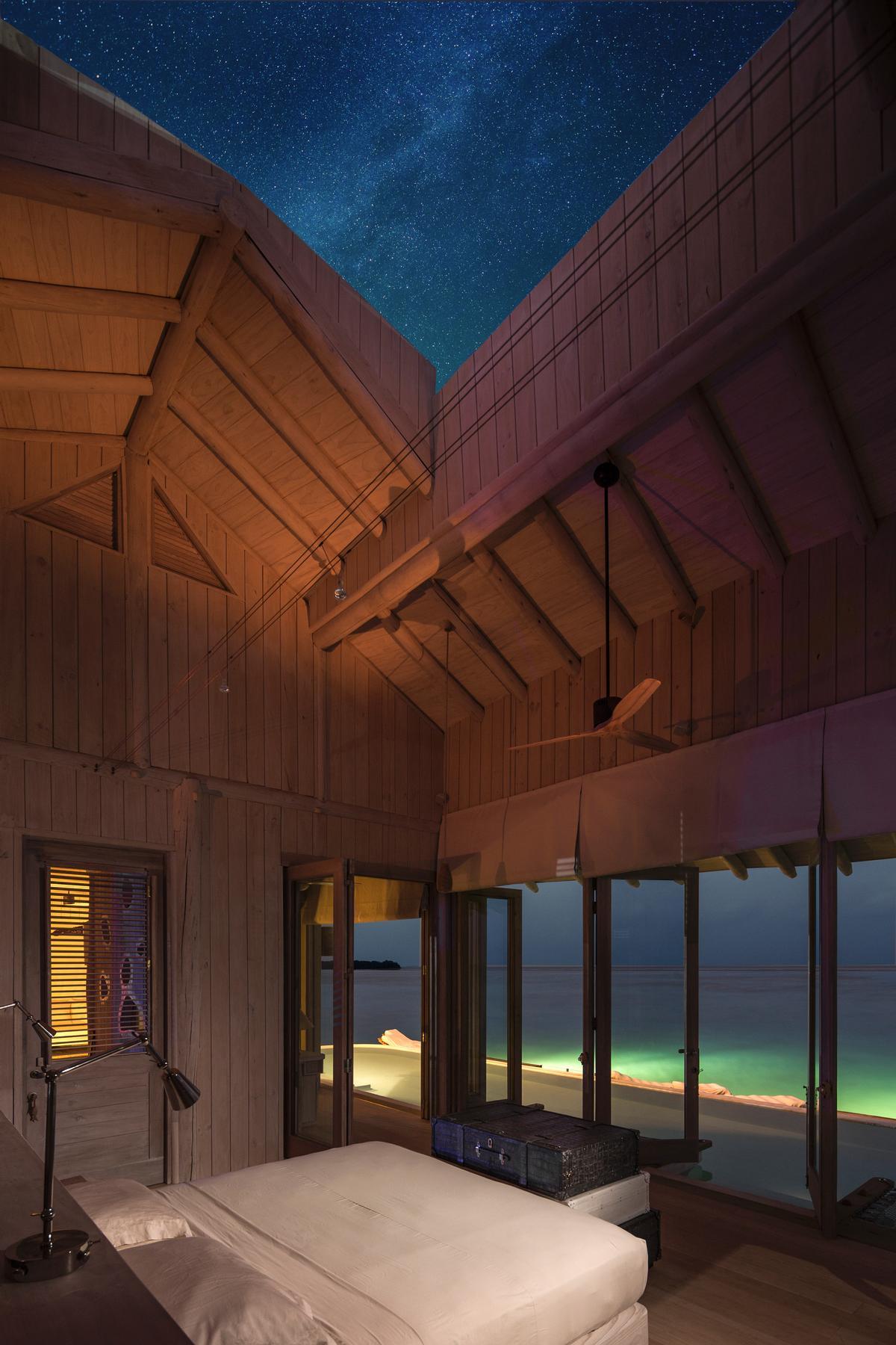 Vile v resortu Soneva Javi imajo pomične strehe.