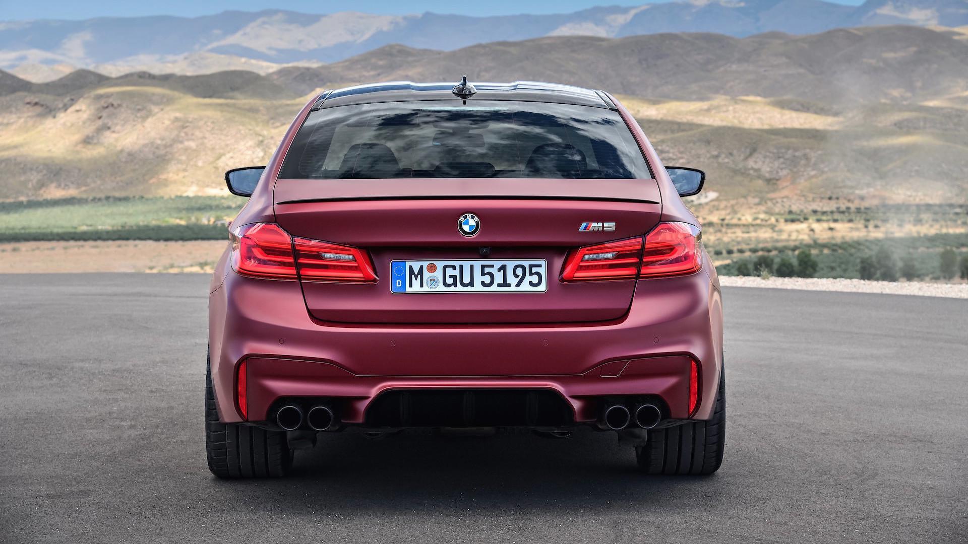 BMW M5 - 2018 - Po vsej verjetnosti zadek, ki ga boste gledali z zavidanjem!