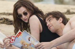 anne-hathaway-and-jim-sturgess-in-en-dag-2011-large-picture