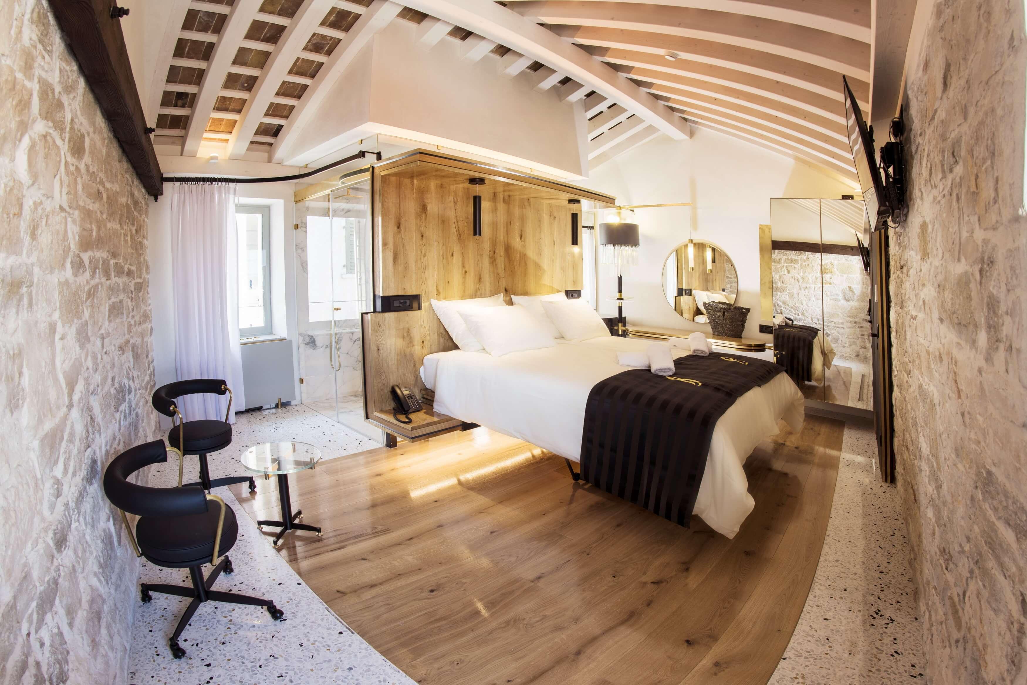 Hotel Spirito Santo Palazzo Storico ponuja razkošno doživetje Rovinja.