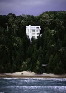 Dom na strimini na jezerom Michigan