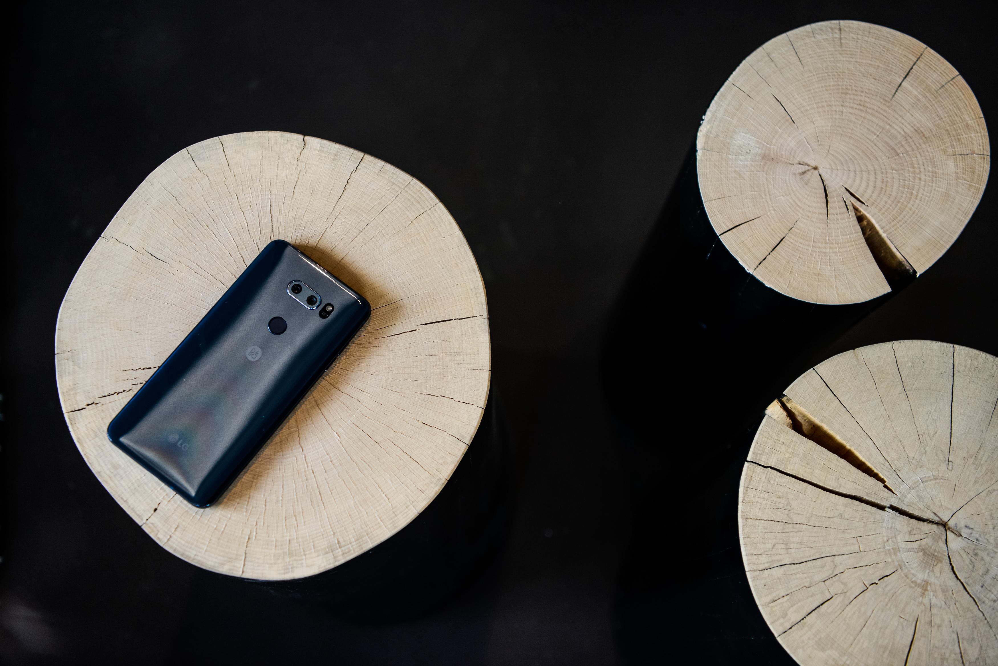 LG  V30 - je zares lep telefon! Kjer so razvijalci obkljukali prav vse kljukice.