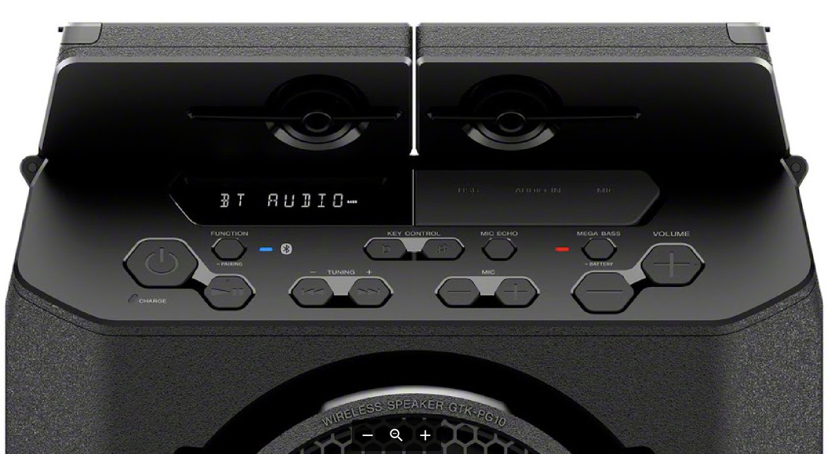 Zvočnika zvok oddajata navzgor in navzven, kar je primernejše za zabave na prostem.