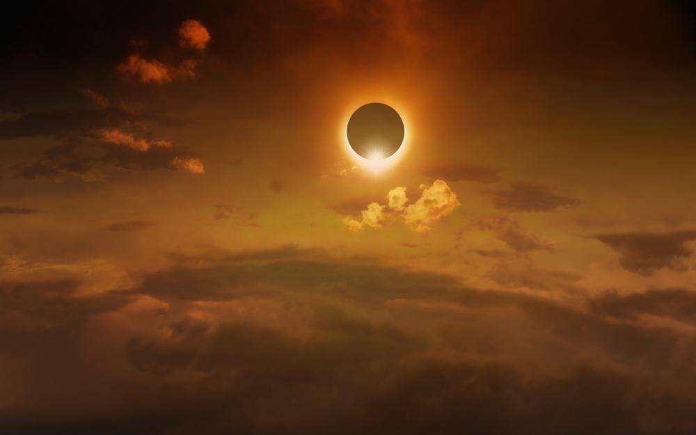 Letos bo na nebu tudi popolni Sončni mrk.