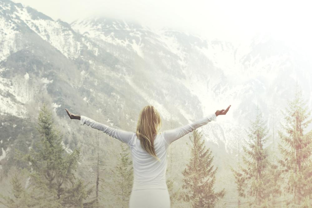 Globoko dihanje spodbuja živčni sistem.