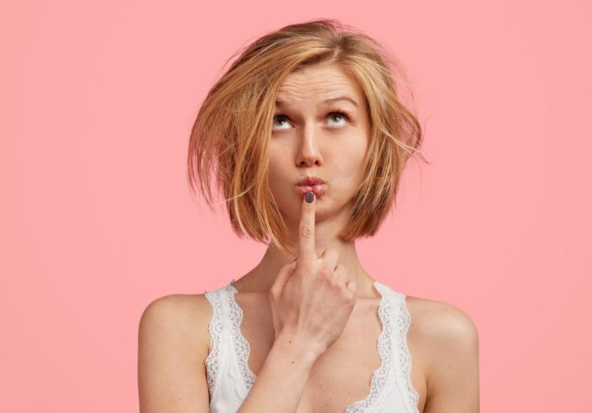 Katerih 7 napak delaš pri uporabi suhega šampona?