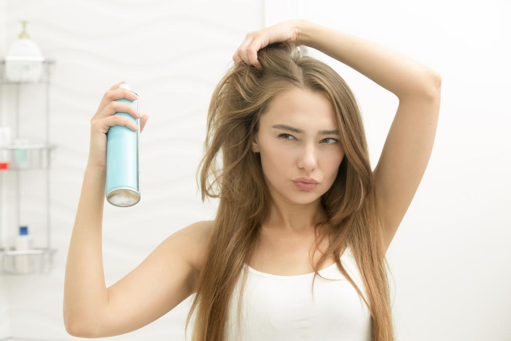 Suhi šampon uporabljaš vsak dan.