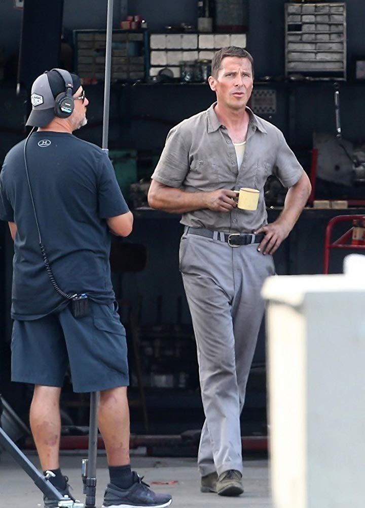 Christian Bale na snemanju filma Ford v. Ferrari.