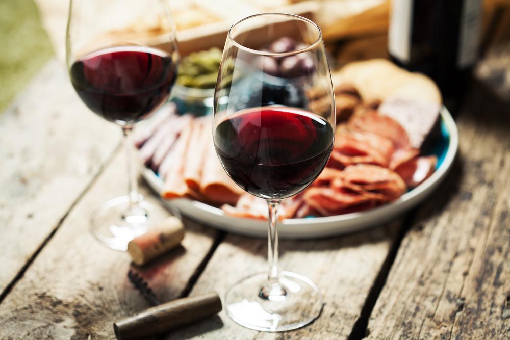 Kozarec temnega vina
